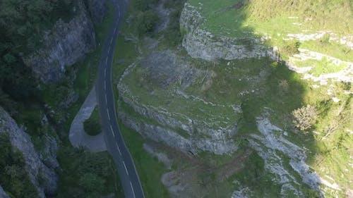 Slow flight through a gorge