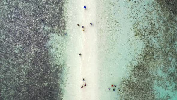 Cover Image for Beautiful Sandbar Connecting Snake Island in the Bacuit Bay, Near the of El Nido in Palawan