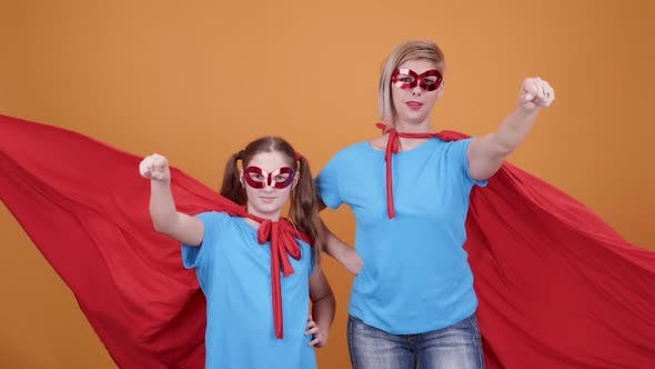 Mom Supports Her Daughter Dreams To Become a Superhero