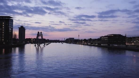 Thumbnail for Berlin River Spree Timelapse