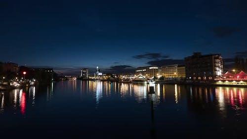 Night timelapse of Spree River in Berlin