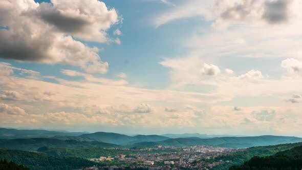 Beautiful Timelapse of the Sky Over a Mountain Village