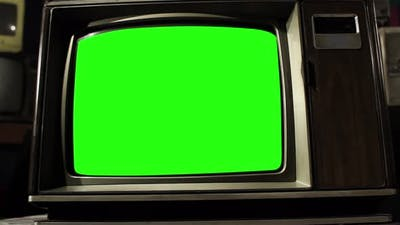 Vintage Television with Green Screen, Zoom Into the Green Screen. 4K.