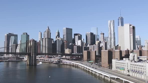 Thumbnail for Manhattan Waterfront and Brooklyn Bridge on a Sunny Day