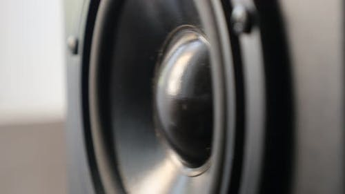Playing low frequencies    on acoustic diaphragm 4K 2160p 30fps UltraHD footage - Surface  vibration