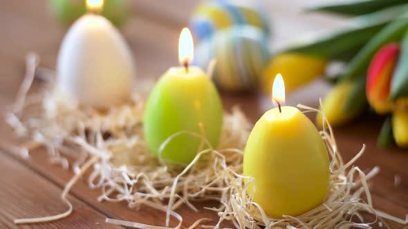 Cover Image for Candles in Shape of Easter Eggs and Flowers