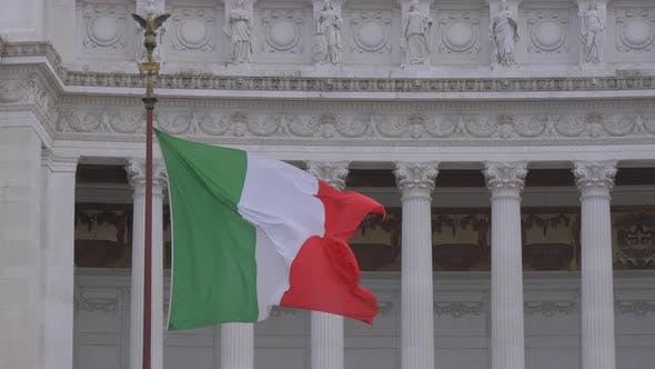 Thumbnail for Italienische Flagge winkt