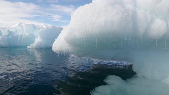 Thumbnail for Icebergs