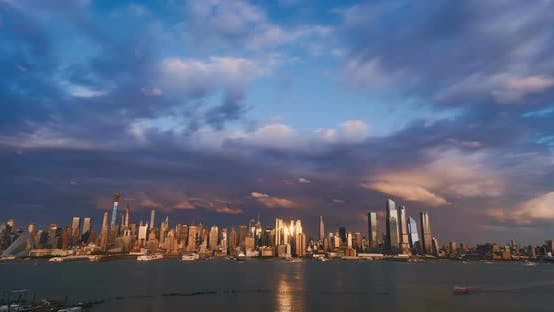 Thumbnail for Sunset of New York City Skyline