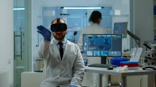 Professional Scientist Using Medical Inovation in Lab