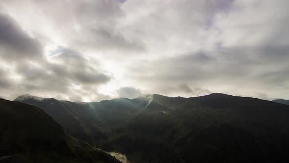 Thumbnail for Berge bei Sonnenuntergang