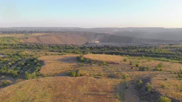 Iron Ore Mining Excavator