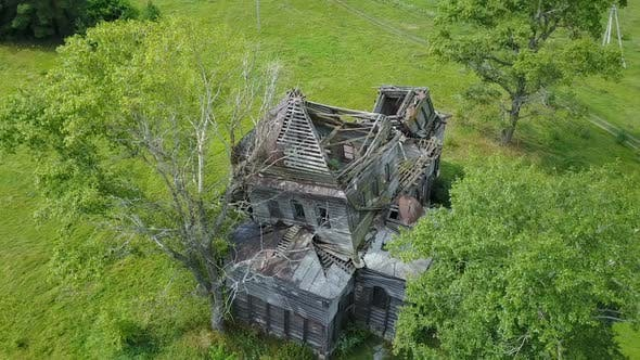 Cover Image for Abandoned Wooden Church