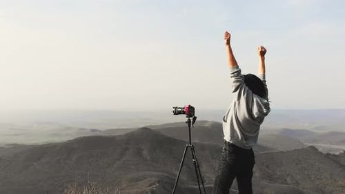 Junge Fotograf Happy Enjoy Landschaftsfoto