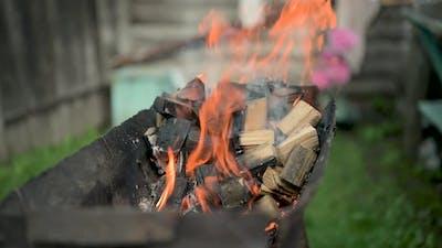 BBQ Grill, Burning Wood Firewood.