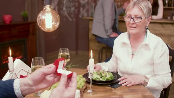 Old Lady Gets Marriage Proposal on a Romantic Date