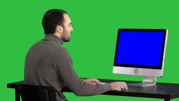 Thumbnail for Businessman working with a computer on a Green Screen