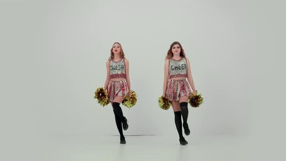 Cheerleader Team Performance