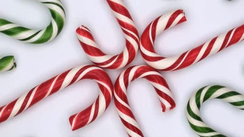 Vertical orientation video: Christmas candy cane caramels