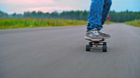 Cover Image for Fast Longboard Ride