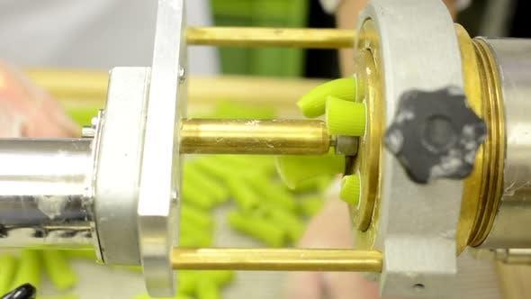 Herstellung von Pasta - Maschine produzieren Pasta