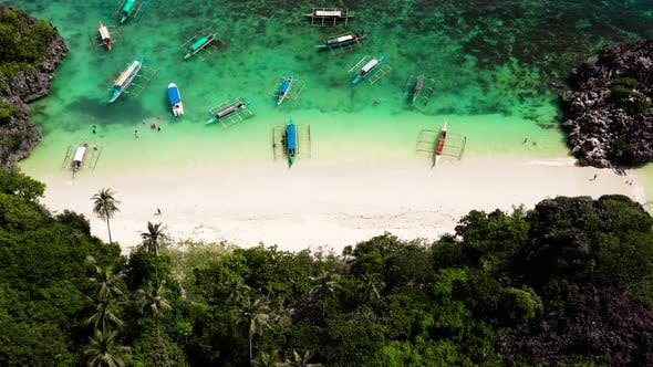 Cover Image for Caramoan Islands, Matukad , Philippines.