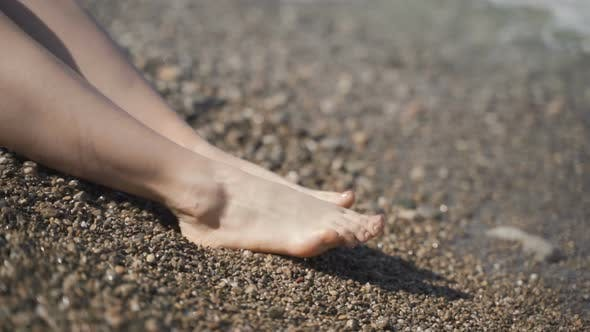 Cover Image for Close Up of Woman Feet on Beach.