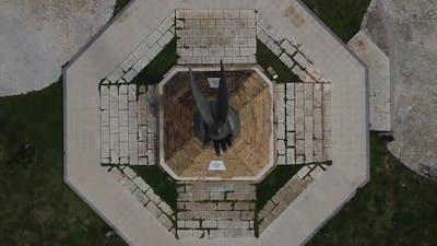 Dove Monument Statue