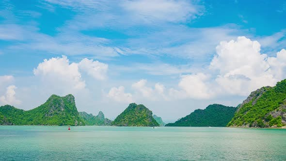 Thumbnail for Time lapse: Ha Long Bay from Cat Ba island, famous tourism destination in Vietnam