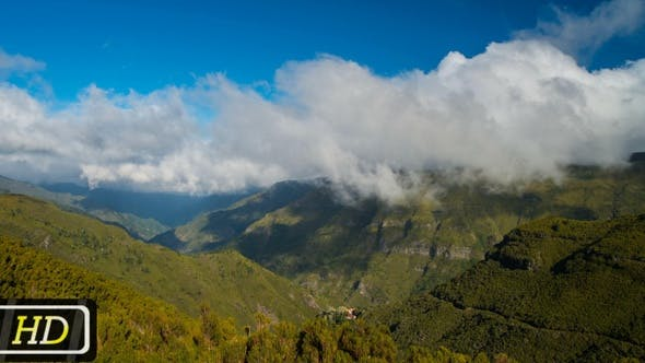 Thumbnail for Fast Clouds over Madeira Mountines