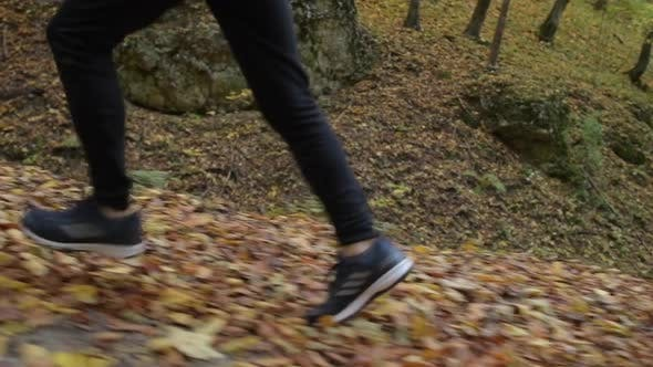 Thumbnail for Laufende Männer Seite Untere Körperansicht