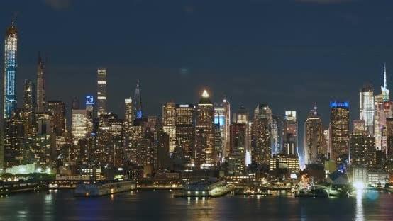 Thumbnail for Sunset of New York City Skyline