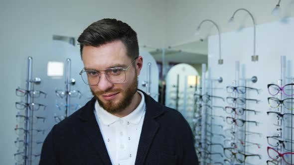 Male patient in optical store