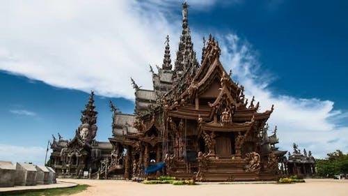 Sanctuary of Truth Timelapse in Pattaya, Thailand