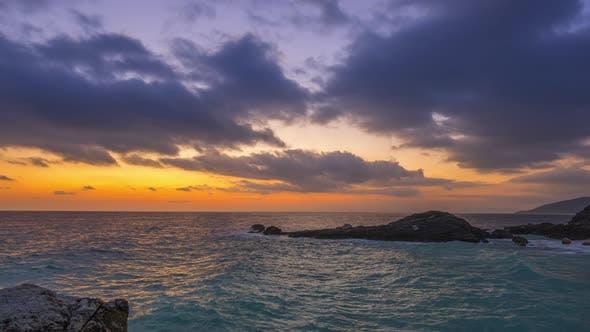 Thumbnail for Sea Morgendämmerung an der felsigen Küste
