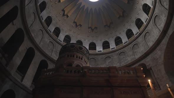 Thumbnail for Tilt up of Church of Resurrection's ceiling