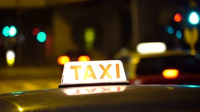 Taxi Cab Free in the City