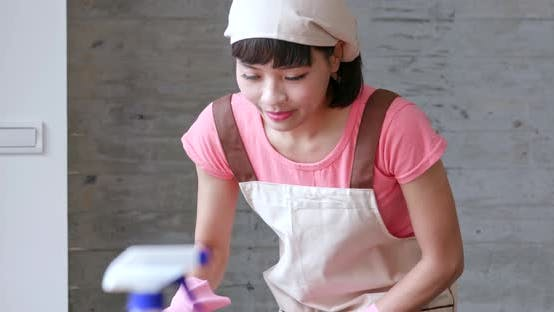 Housewife do housework
