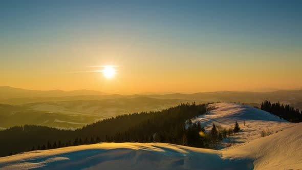 Cover Image for Sundown Time Lapse in Winter Mountain
