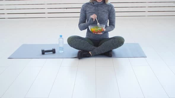 Thumbnail for Healthy Eating Concept. Young Fit Woman Eating Healthy Salad After Workout