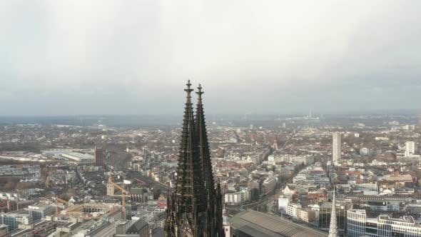 Thumbnail for AERIAL: Beautiful Cologne Cathedral in Beautiful Hazy Sunlight