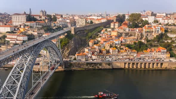 Thumbnail for Brücke und Stadtbild