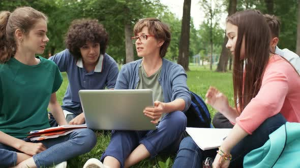 Classes in Park