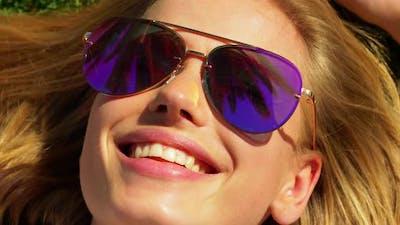 Lady with a Sunglass