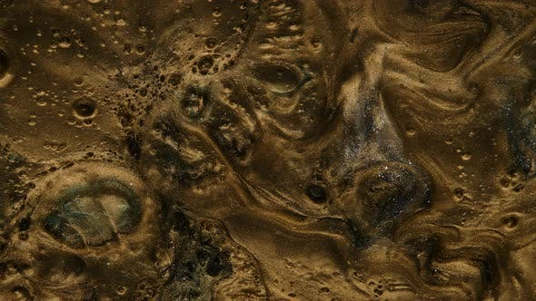 Fluid Art of Resin