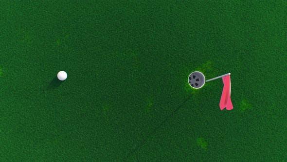 Мяч для гольфа катится по полю в вид сверху
