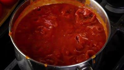 Cooking Spaghetti Sauce