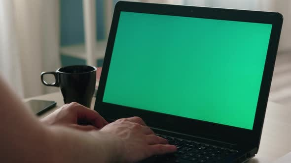 Laptop with Chroma Key
