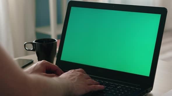 Laptop with Chroma Key