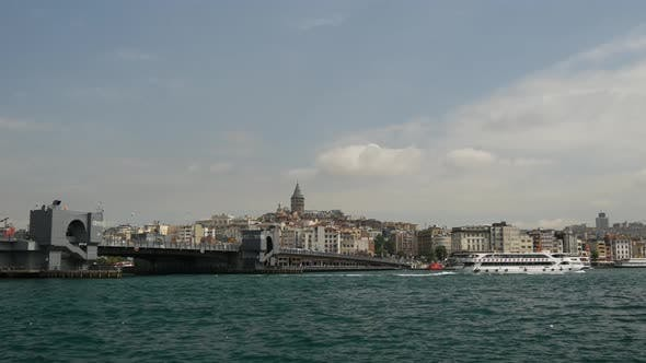 Thumbnail for Time lapse of the Galata Bridge and Golden Horn